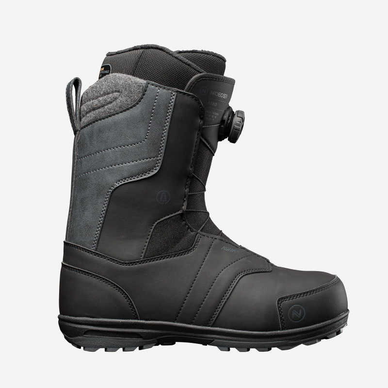NDK Falcon boots, black color, 3/4 view